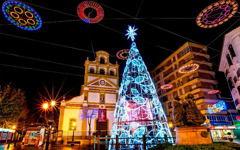 La-Línea-en-Navidad-Felipe-López-Lozano