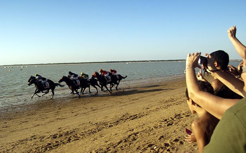Sanlucar de Barrameda carreras caballos playa foto de Manuel de la Varga