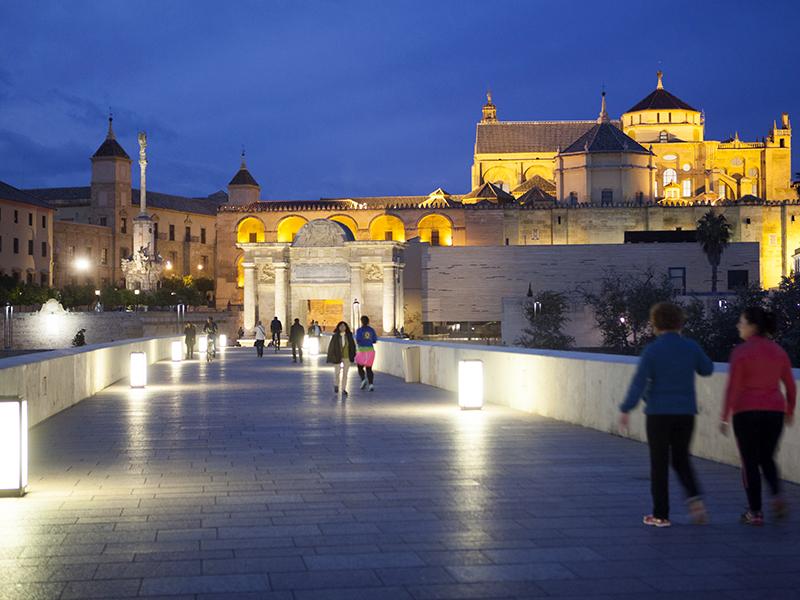 El Puente Romano de Córdoba (Junta)