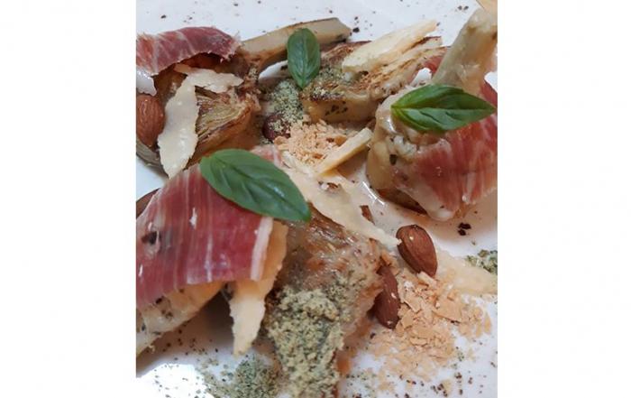 La-Fabrica-Alcachofas-salteadas-con-foie,-parmesano-y-jamon-iberico