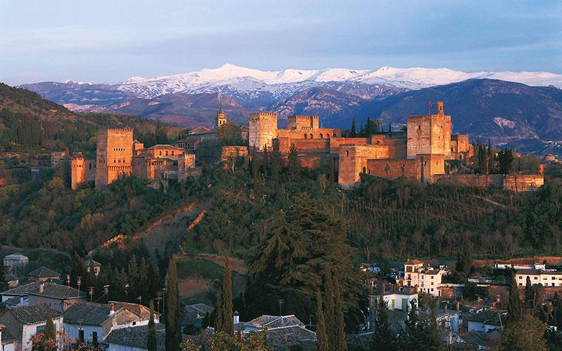 turismo-Granada-foto-de-Mincotur