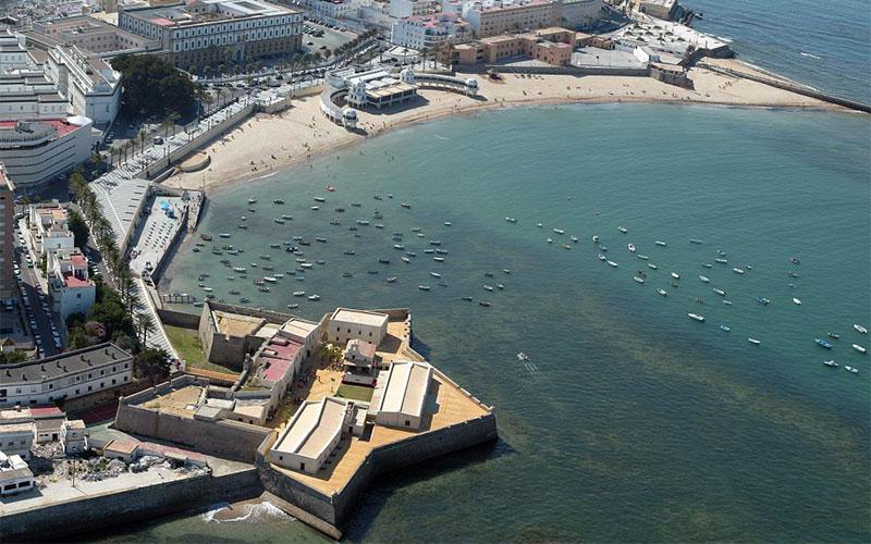 castillo-Santa-Catalina-y-playa-de-la-Caleta-aérea