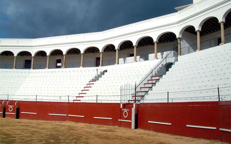Plaza-de-Toros-San-Roque-1