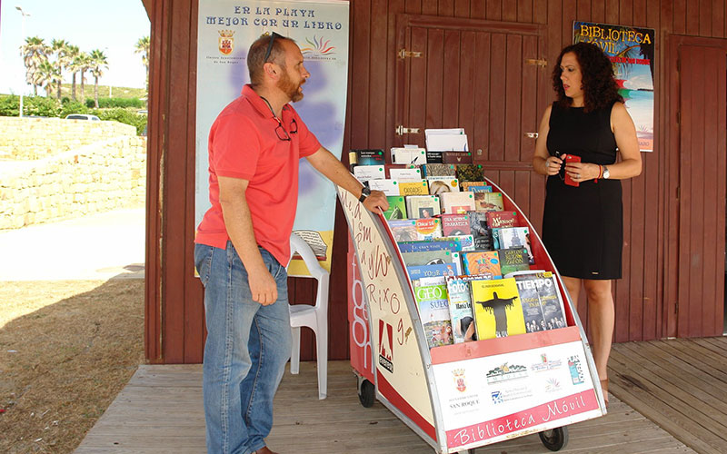 San-Roque-libros-en-la-playa