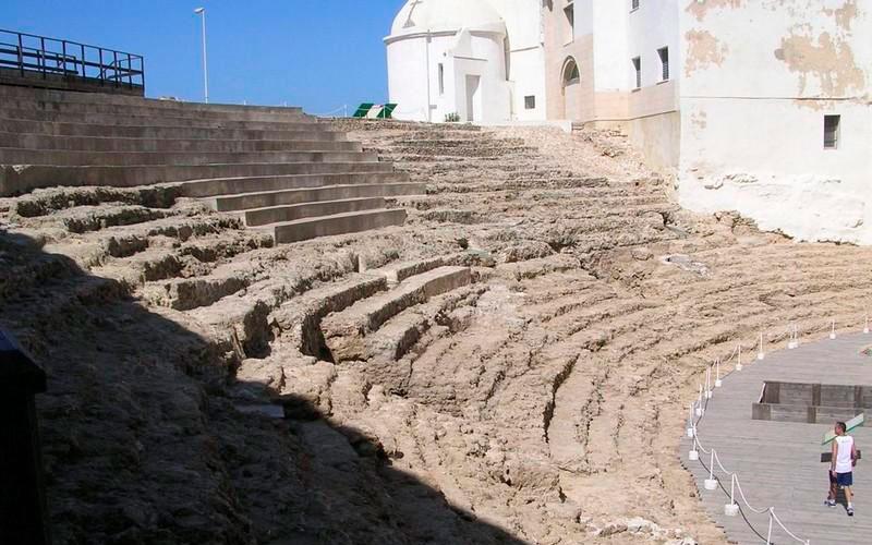 Cadiz-Teatro-Romano-1