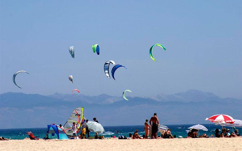 Tarifa-kitesurf-Foto-Cadiz-Turismo