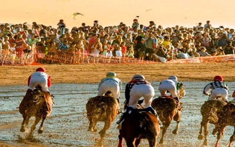 Sanlucar-carreras-caballos-playas-foto-de-Cadiz-Turismo
