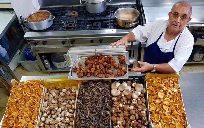 Jesus Acosta restaurantes El Campanario y Al Andalus en Los Barrios