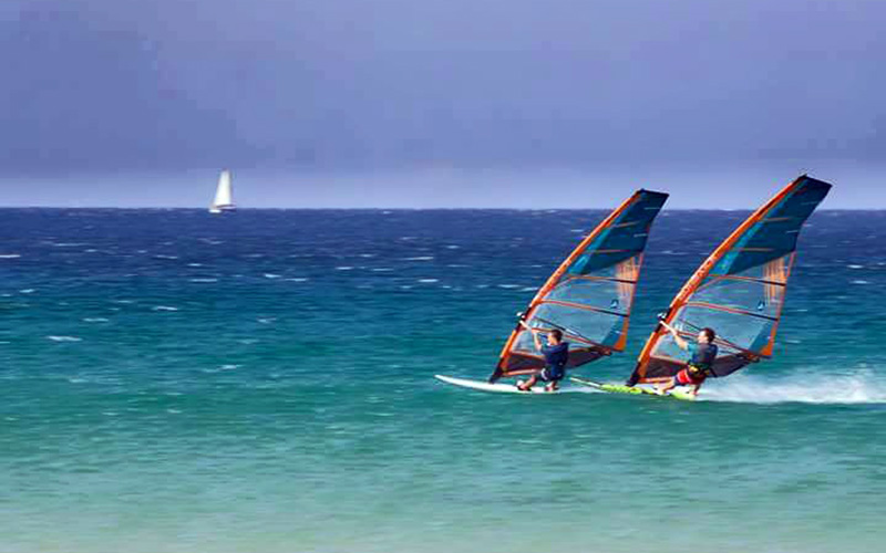 Monplamar-Tarifa-windsurf-kitesurf-viento-foto-Jose-Maria-Caballero