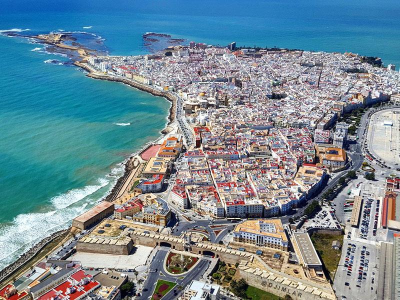 Vista aérea de Cádiz (Turismo Cádiz)