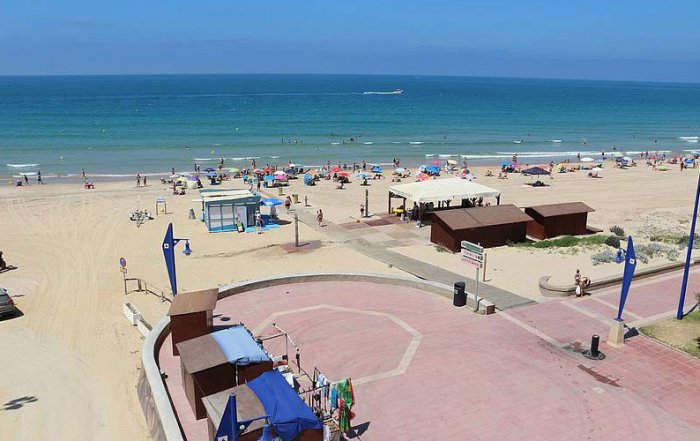 Chiclana-de-la-Frontera-playa-foto-de-Ayuntamiento