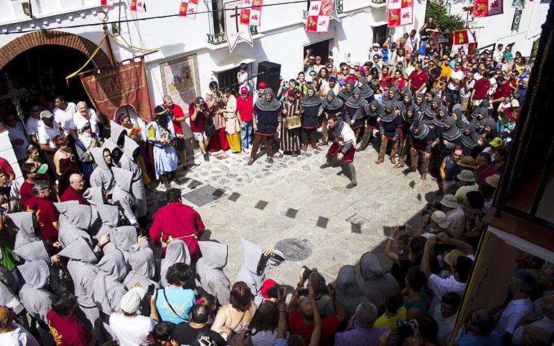 Benamahoma-Fiesta-Moros-y-Cristianos-2019-foto-de-Cadiz-Turismo