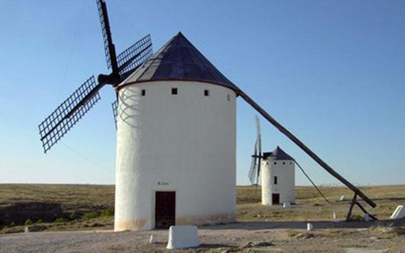 Campo-de-Criptana-foto-de-Turismo-Castilla-La-Mancha