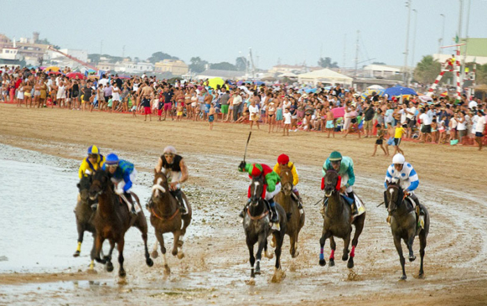 Sanlucar-carreras-caballos-playa-foto-de-Cadiz-Turismo-4