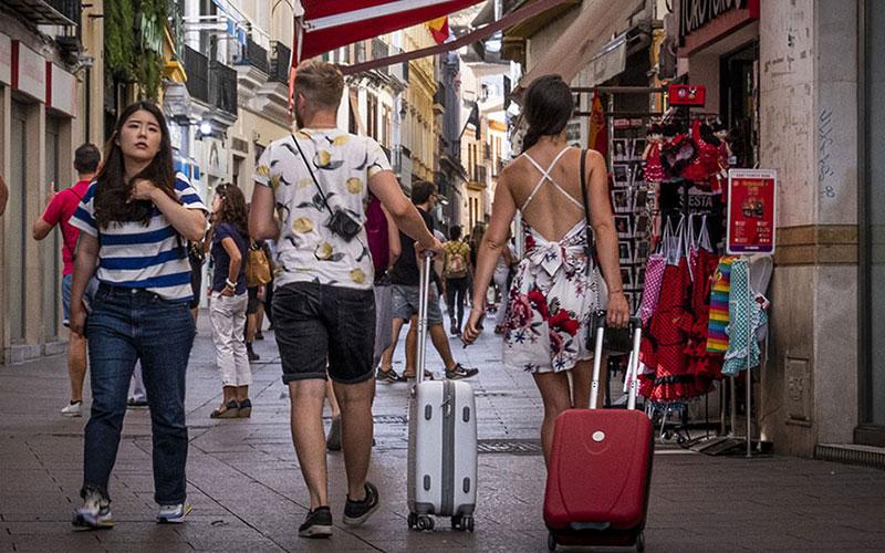 turistas-foto-de-Junta-de-Andalucia