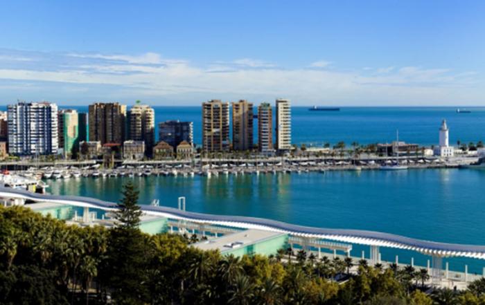 puerto-de-Malaga-foto-de-Malaga-Turismo