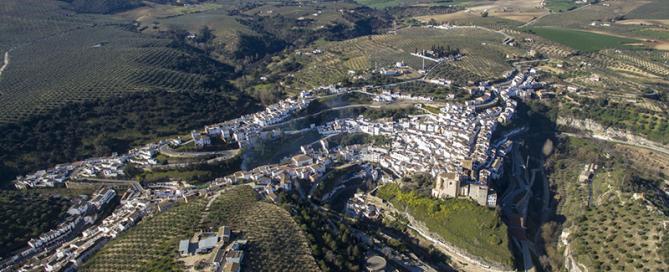 Setenil-de-las-Bodegas-foto-del-Ayuntamiento