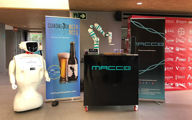 robots-camareros-de-macco-robotics-Sevilla-1