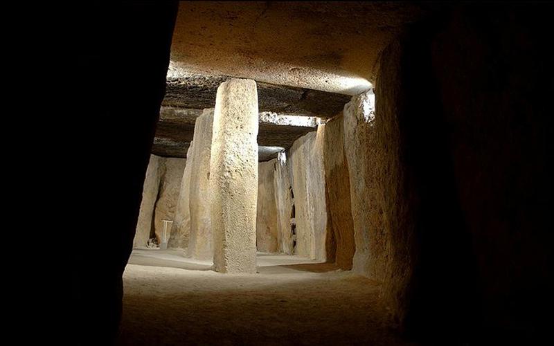 Antequera-Malaga-dolmenes-foto-de-Junta-de-Andalucia