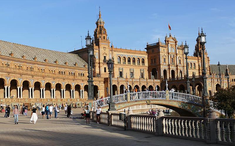 Sevilla-plaza-de-España