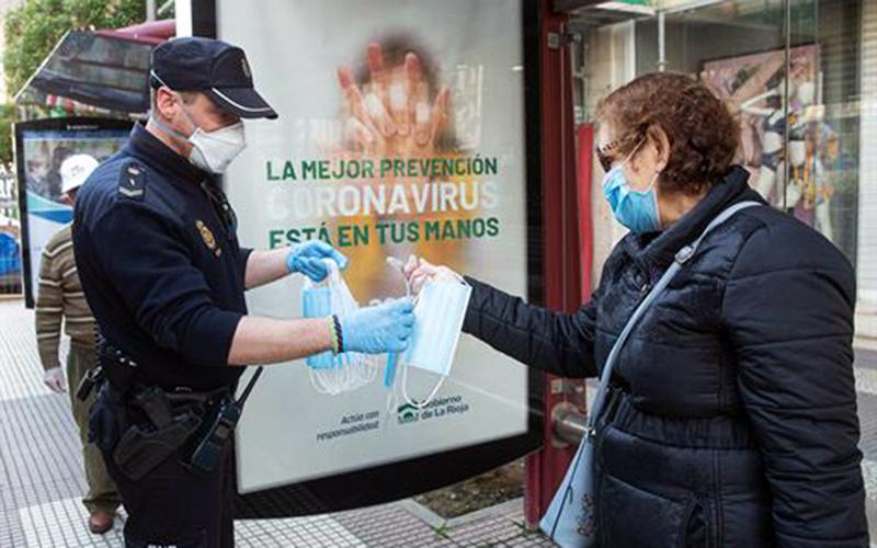 mascarillas-sanitarias-foto-de-Gobierno-de-España