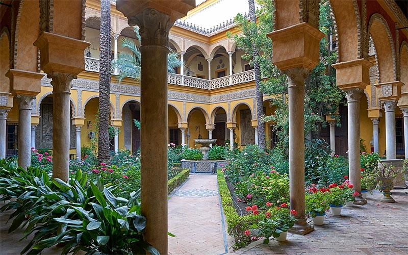 Sevilla-Las-Dueñas-1-Casa-de-Alba