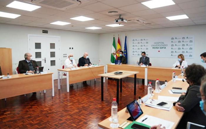 Juanma-Moreno-Hospital-Reina-Sofia-de-Cordoba-foto-Junta-de-Andalucia